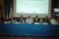 Il prof. Gherlone ad una delle Conferenze politiche ANDI su temi di attualità professionale, insieme ad altri Relatori, tra cui V. Sgarbi e R. Mannheimer