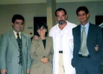 Il Prof. Gherlone con il Prof. Khoury ad un corso di chirurgia da lui organizzato al San Raffaele nell'anno 2000