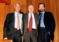 Il Prof. Gherlone con il dott Di Febo e Riccardo Ciancaglini al Congresso Nazionale AIOP Bologna